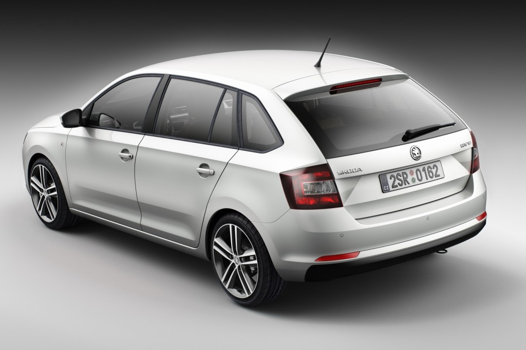 Skoda-Rapid-Spaceback-4[3]