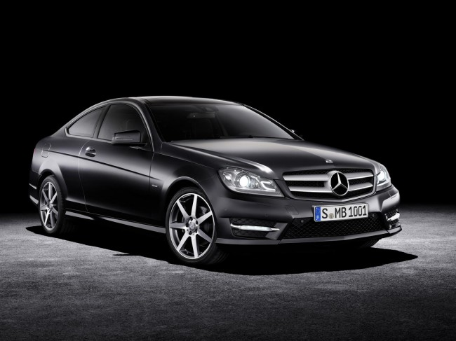 c-class-coupe-official_01-650x487