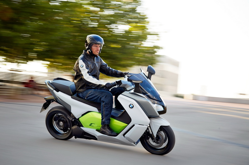 BMW-Electric-Scooter-10[2]