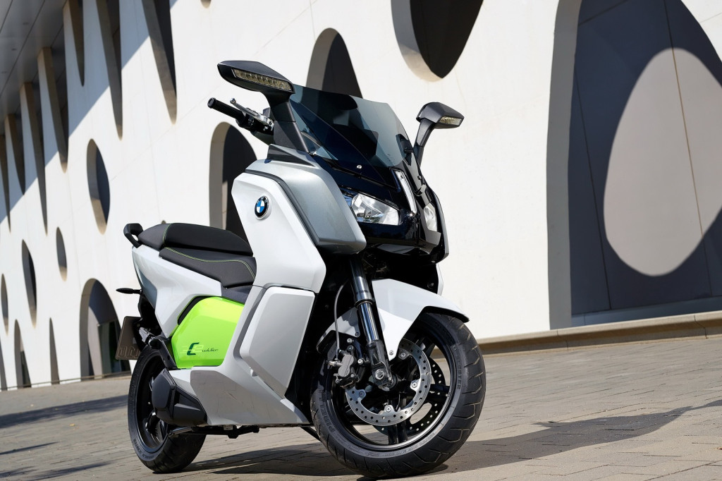 BMW-Electric-Scooter-36[2]