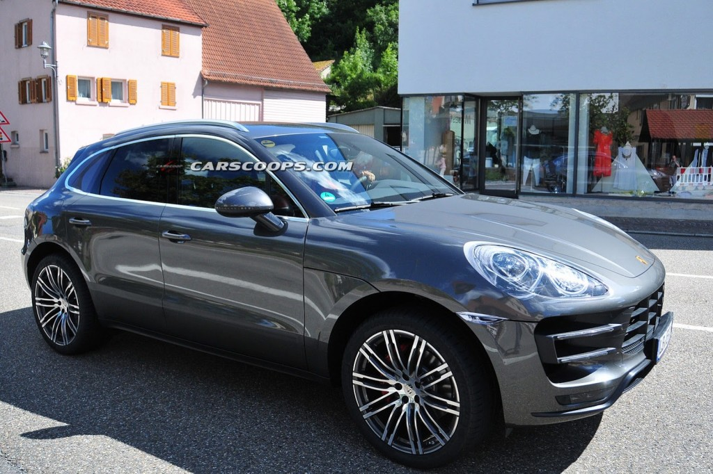 New-Porsche-Macan-Turbo-4-Carscoops[6]