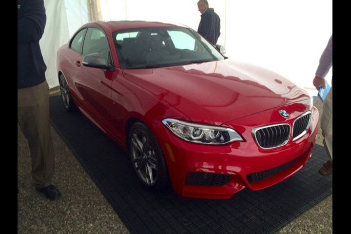 BMW-M235i-Coupe-4[4]