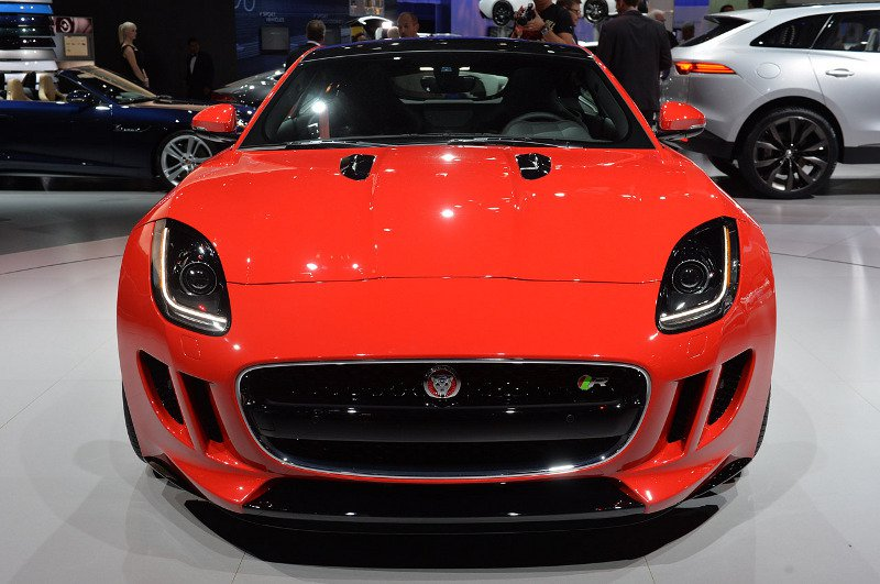 1386681360_jaguar-f-type-1